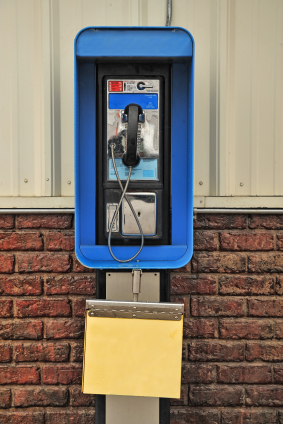 Cell Phones put Pay Phones to Rest