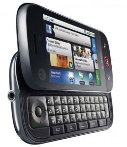 Motorola Cliq - Angle View 2