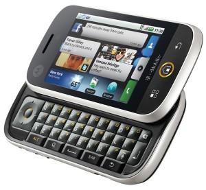 Motorola Cliq - Angle View