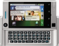 Motorola Devour Keyboard Open