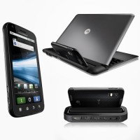Motorola Atrix 4G with Laptop and HD Multimedia Dock