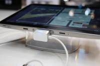 Samsung Galaxy Tab 8.9 CTIA Bottom