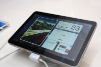 Samsung Galaxy Tab 8.9 CTIA Front