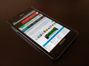 Samsung Infuse 4G Angle View 2