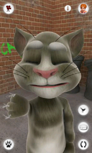 Talking Tom Cat - Scratching the screen