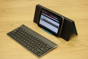 Logitech Tablet Keyboard with Tablet and Stand 2