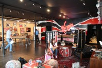 Virgin Mobile Flagship Chicago Store Opening