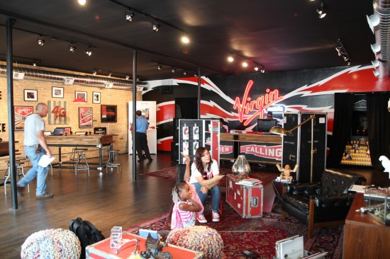 "Hanging out with Virgin Mobile at their ""flagship"" Chicago store launch"