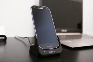 Kidigi USB cradle charging phone