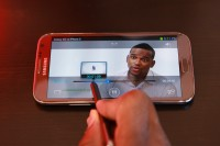 Samsung Galaxy Note II Airview Scrubbing Video Simply by Hovering S Pen