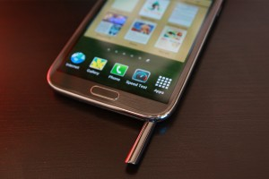 Samsung Galaxy Note II with S Pen Exposed 2