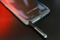 Samsung Galaxy Note II with S Pen Exposed 3