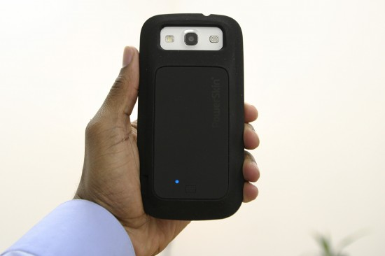 PowerSkin for Samsung Galaxy S III – soft case with portable charger all in one (Smartphone Accessory Review)