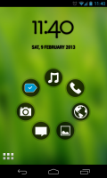 Simple Launcher - Customised clock and icon bubbles
