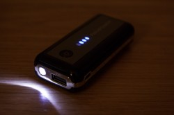 RAVPower 5,600mAh Element Series Power Bank - LED Flashlight