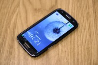 iSkin Aura for Samsung Galaxy S3 Front
