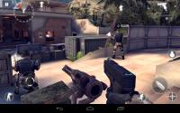 Modern Combat 4 Zero Hour Switch to Handgun
