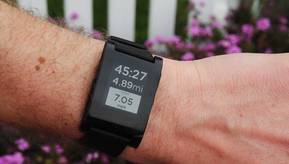 RunKeeper on Pebble Watch While Running