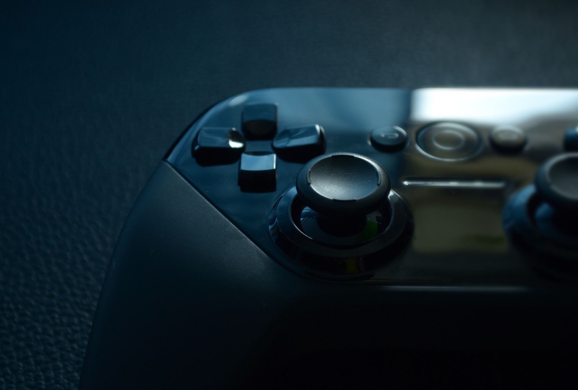 How to Keep a Clean Controller and Sanitize Your Gaming Gear