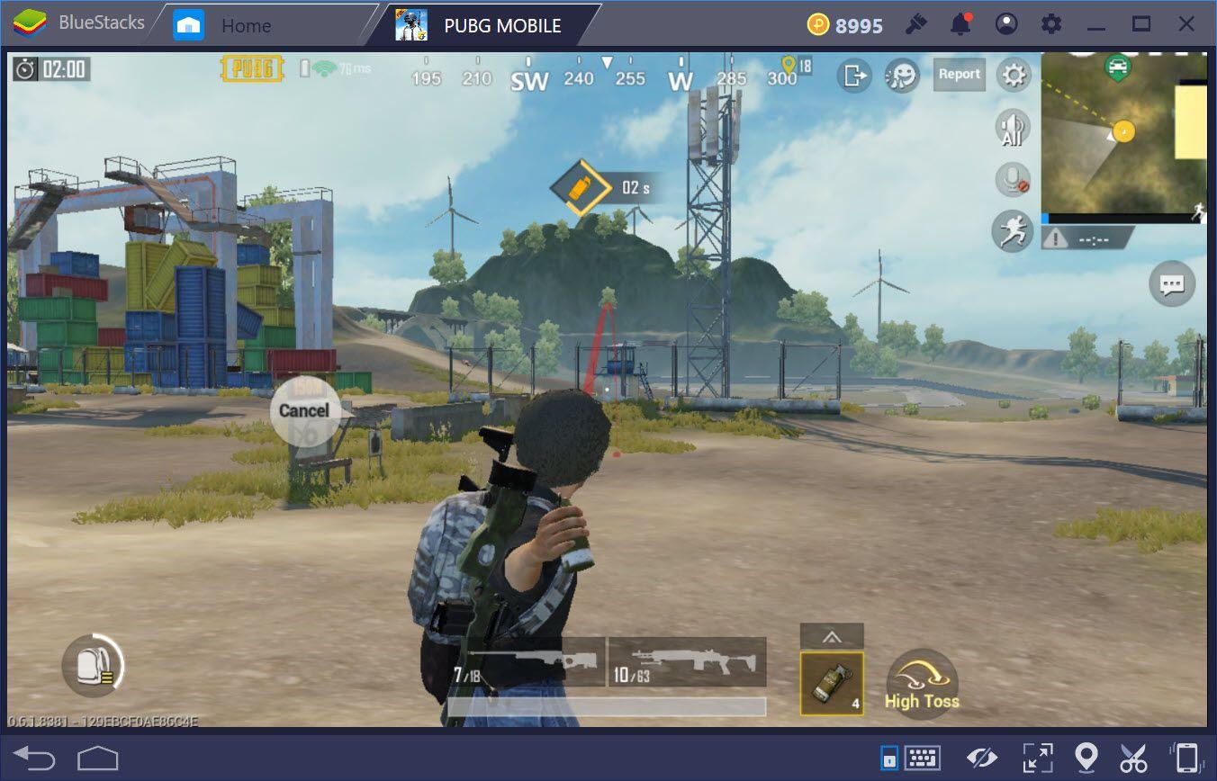 Công dụng của bom khói Smoke Grenade trong PUBG Mobile
